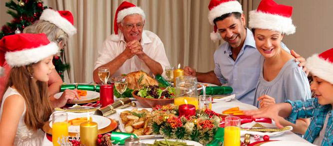 mesas-plegables-para-navidades-por-que-contar-con-ellas