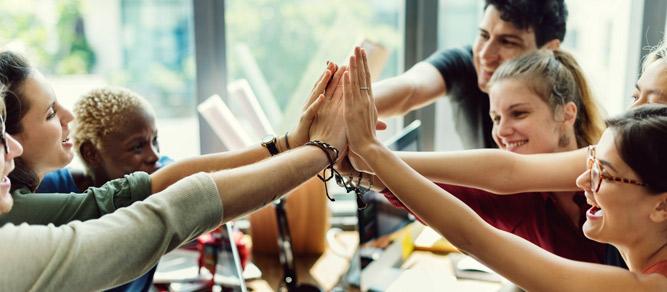Mesa-auxiliar-plegable-para-tus-reuniones